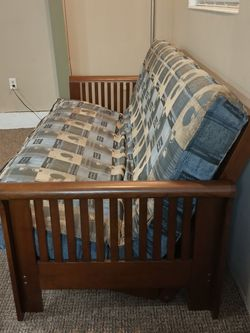 STURDY Futon (FREE DELIVERY) for Sale in Kenmore,  WA