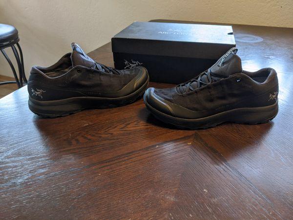 Arc'teryx shoe/boot (9.5 men's)