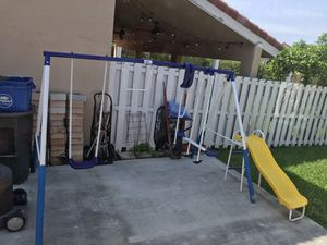 Swing set for Sale in Miramar, FL