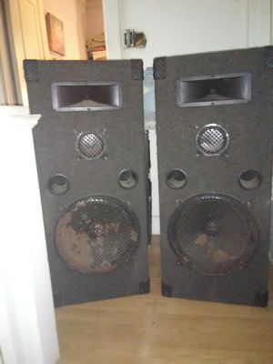 Speakers for Sale in Pittsburgh, PA