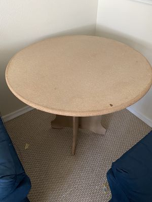 Display table for Sale in Lutz, FL