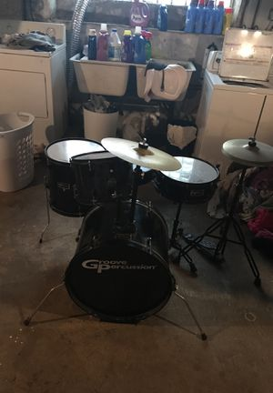 Groove Percussion 4 Piece Drum Set for Sale in Philadelphia, PA