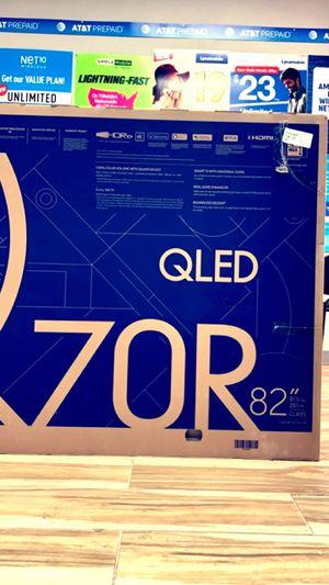 "Samsung 82"" Class Q70R QLED Smart 4K UHD TV (2019) Retails For Brand New In Box $3499 QN82Q70RAF for Sale in Arlington, TX"