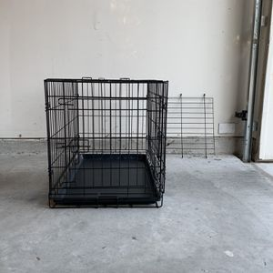 Dog Crate (Medium) for Sale in San Antonio, TX