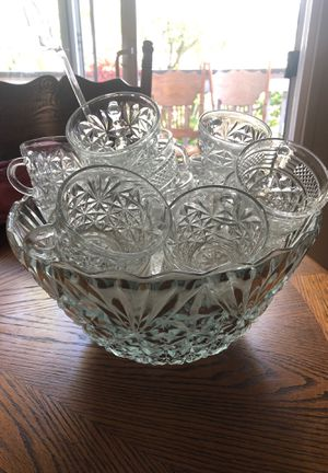 Crystal punch bowl !! for Sale in Woodway, WA