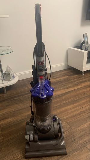 Dyson DC33 for Sale in Queens, NY