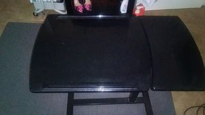 Table/ Nice small Desk for Sale in Highland Beach, FL
