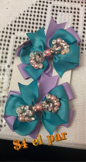 Girl hair bows for Sale in Chicago, IL