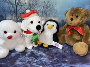 Christmas 4 plush set assortments and decoration. for Sale in Bellflower, CA