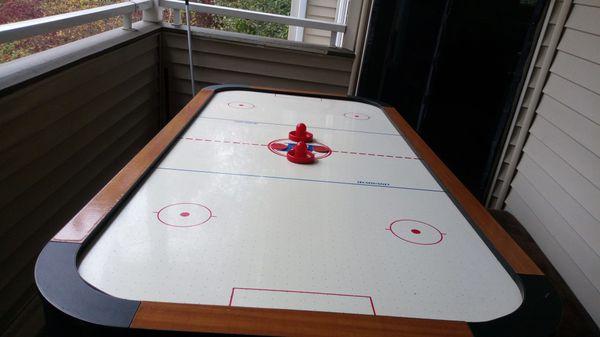 Harvard Air hockey table