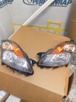 Nissan Altima headlamps 07-09 for Sale in Marksville, LA