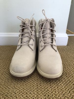 Cream Timberland Boots Women's Size 6 $150 for Sale in Sterling, VA