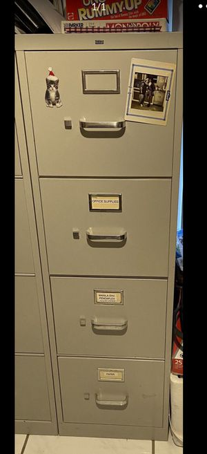 FILE CABINET 4 DRAWERS ( LETTER SIZE) for Sale in Miami, FL