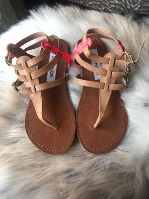 "Steve Madden ""Saahti"" Gladiator Sandals ~ Size 6. for Sale in South Windsor, CT"