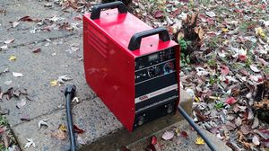 Lincoln invertec welder v300 for Sale in Woodbridge, VA