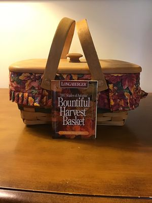 1997 Longaberger Shades of Autumn Bountiful Harvest Basket for Sale in Charlestown, IN