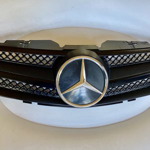 2003-2009 SL r230 single fin black updated grill for Mercedes Benz SL. $80. Price is firm. Pick up only. for Sale in Newport Beach, CA