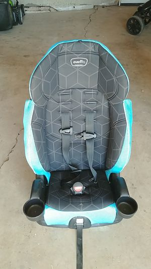 Evenflo booster seat for Sale in Fountain, CO
