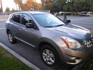 2012 Nissan de 4c titulo limpio la troka corre bien for Sale in Anaheim, CA
