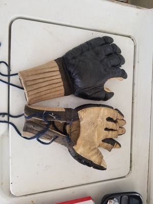 Gung fu/ kung fu training gloves. Seen in Enter the dragon movie Bruce lee for Sale in Alameda, CA