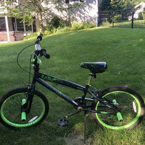 Avigo Kids Bike for Sale in Clinton, MA