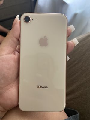 iPhone 8 unlocked 64 GB like new for Sale in Chicago, IL