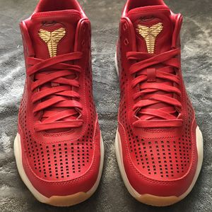 Nike Kobe 10 Red for Sale in Everett, WA