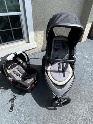 Graco Jogging stroller and 2 car bases for Sale in Naples, FL