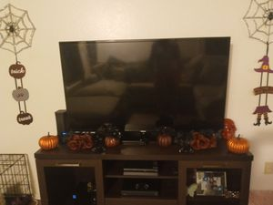 55 inch tv for Sale in Montclair, CA