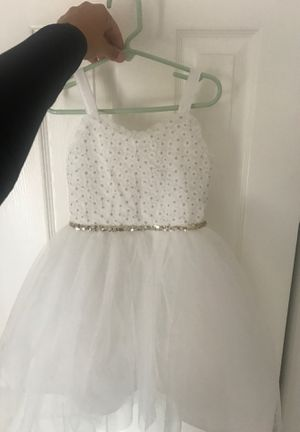 Size 5 white with gold flower girl dress for Sale in Newberg, OR