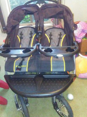 Double stroller for Sale in Beaumont, CA