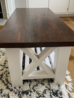 Farmhouse Coffee Table for Sale in Thompson's Station,  TN