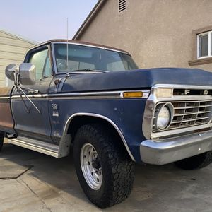 Ford F350 Automatic Ranger for Sale in Turlock, CA