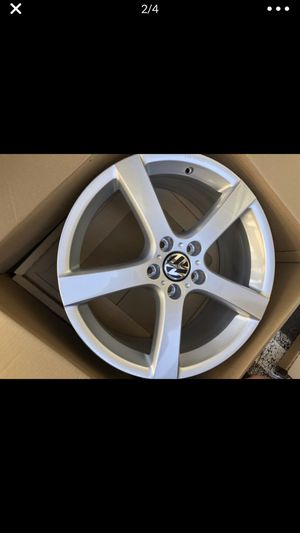 """""""NEW"""" VW rim. New in the box. Ordered for a 2014 Jetta. for Sale in Issaquah, WA"""