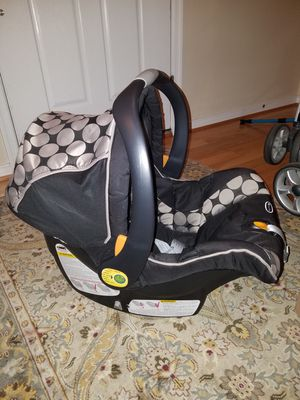 Chicco Keyfit 30 Magic car seat for Sale in Glen Allen, VA