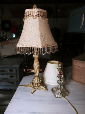 Antique Side Table Lamp Pair for Sale in Joliet, IL