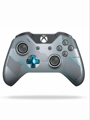 Halo Xbox One controller for Sale in Long Beach, CA