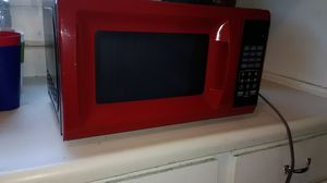 Newer /Used red microwave oven #FirstComeFirstServed for Sale in San Bernardino, CA