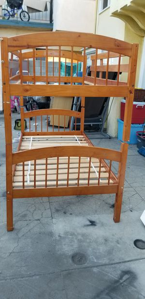 Bunk bed twin size for Sale in Los Angeles, CA
