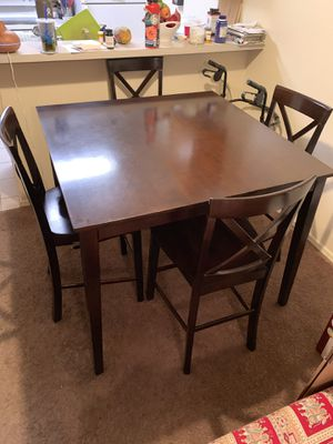 Dinning table for Sale in Mesa, AZ
