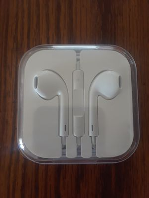 Original Apple Wired Headphones for Sale in Overland, MO