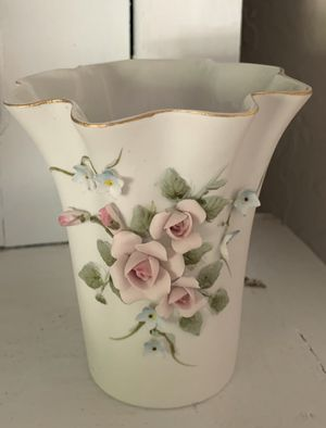 Lefton China Shabby Chic Vase for Sale in San Tan Valley, AZ