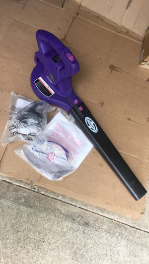 Leaf blower and Safety glasses plus a hanger for Sale in Garfield, NJ