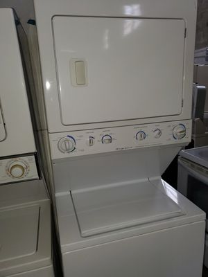 Washer and dryer Combo 27inches perfect condition for Sale in Miami Lakes, FL