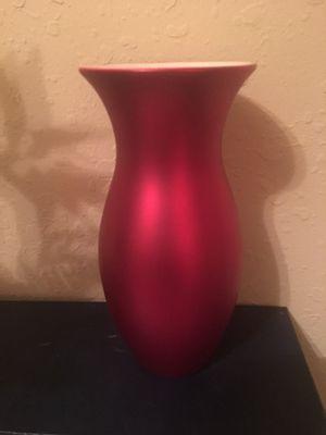 Red matte flower vase for Sale in Winter Haven, FL