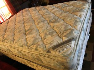 QUEEN BED for Sale in Tucson, AZ