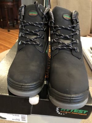 Men's black waterproof work boots size 10.5 for Sale in Carle Place, NY