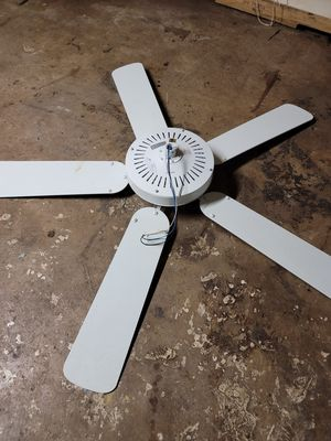 ceiling fan for Sale in New Britain, CT
