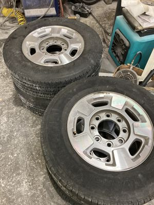 """GMC 17"""" 8x180 with LT 245/70R17 for Sale in Fairview, OR"""