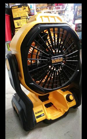 DEWALT 20V MAX CORDLESS OR CORDED DUAL POWER FAN LIKE NEW TOOL ONLY for Sale in Colton, CA